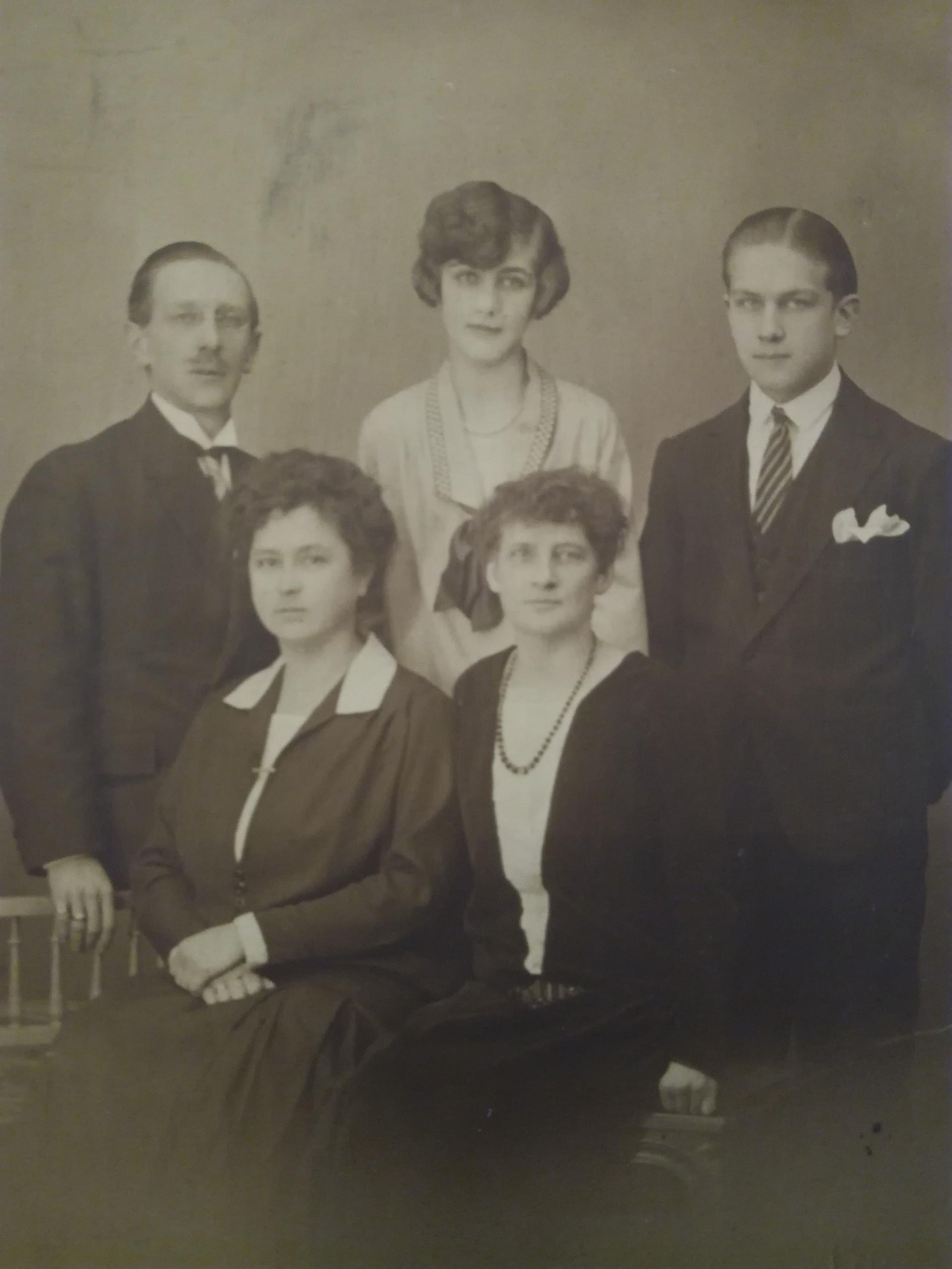 Nikolaï Pouchkine et sa famille