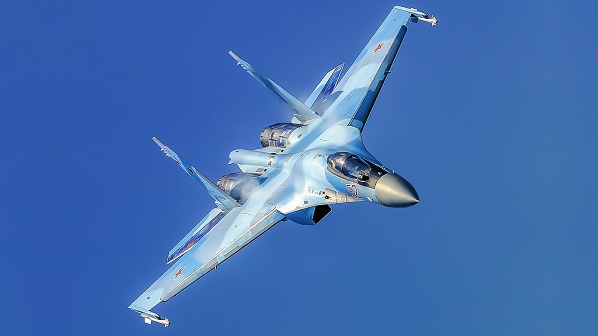 戦闘機Su-35S