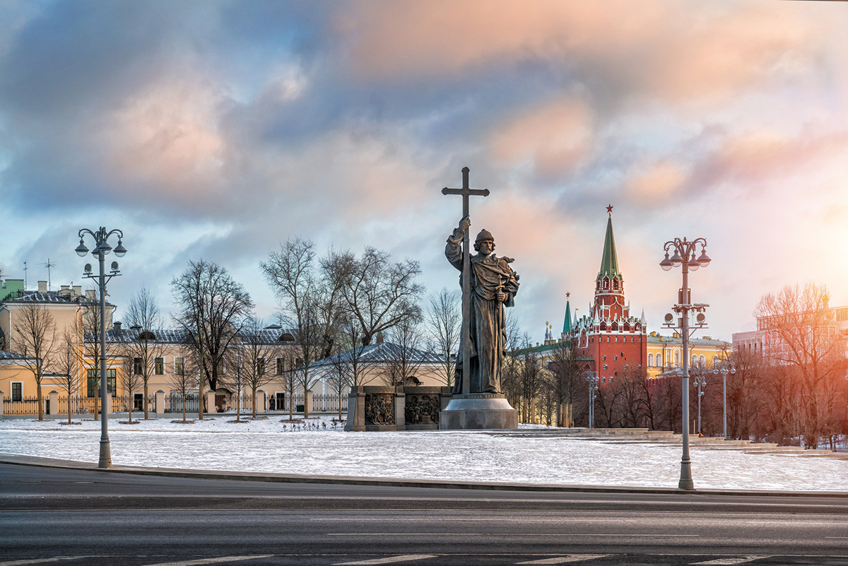 Monument to St. Prince Vladimir in Moscow