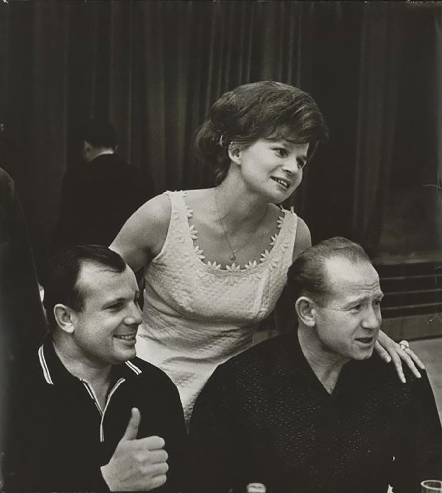 Die Kosmonauten Juri Gagarin, Walentina Tereschkowa und Alexei Leonow, 1965.