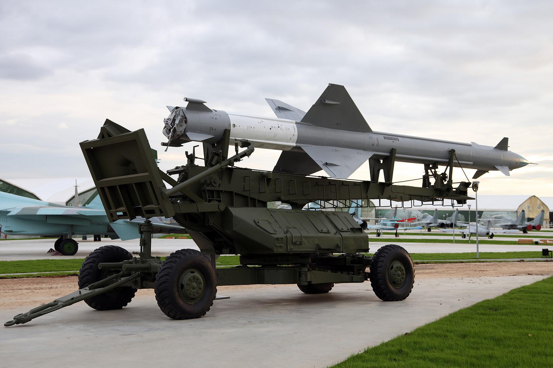 """С-25 са В-300, Парк """"Патриот""""."""