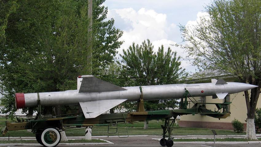 """С-25, ПВО на Москва, во музејот """"Капустин Јар"""", Знаменск."""
