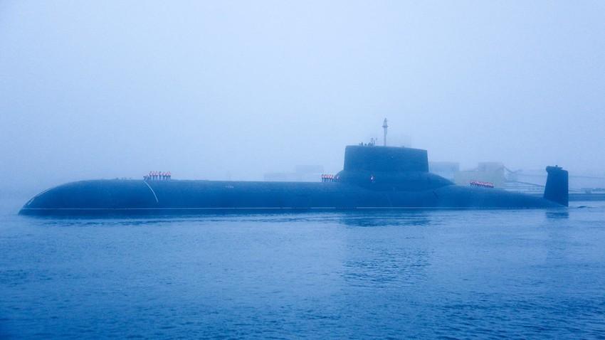 Das Atom-U-Boot Dmitri Donskoj.