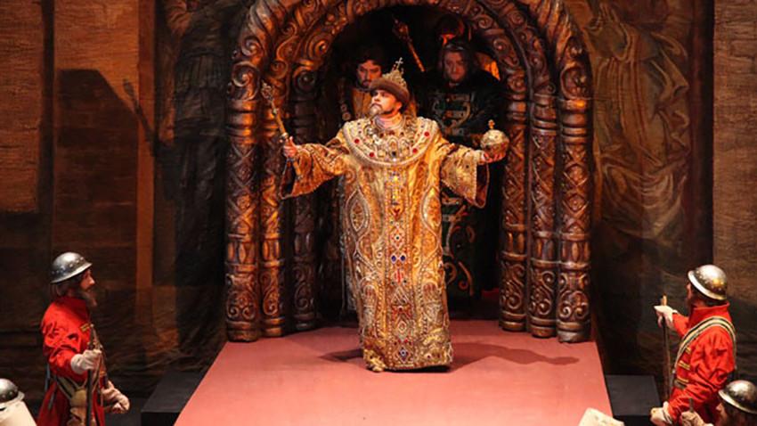 Sul palco del Teatro Bolshoj