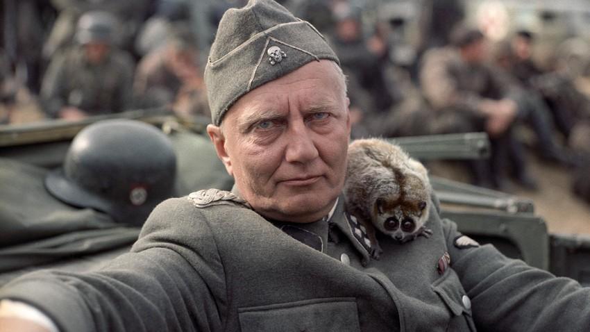 """Viktor Lorencs in """"Komm und sieh""""."""