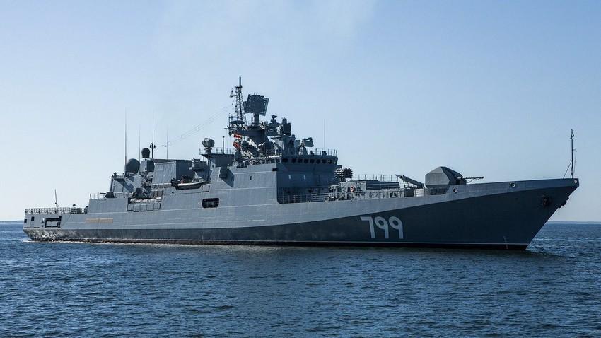 """Ракетна фрегата """"Адмирал Макаров"""", Црноморска флота."""