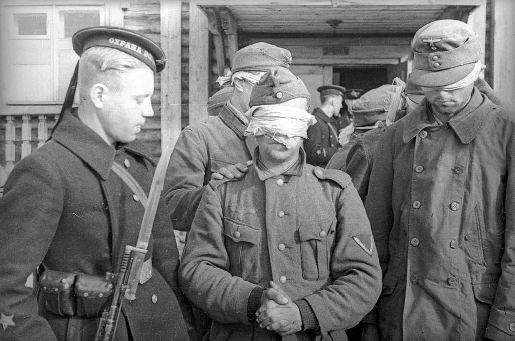 Captifs allemands sur le front nord, 1942