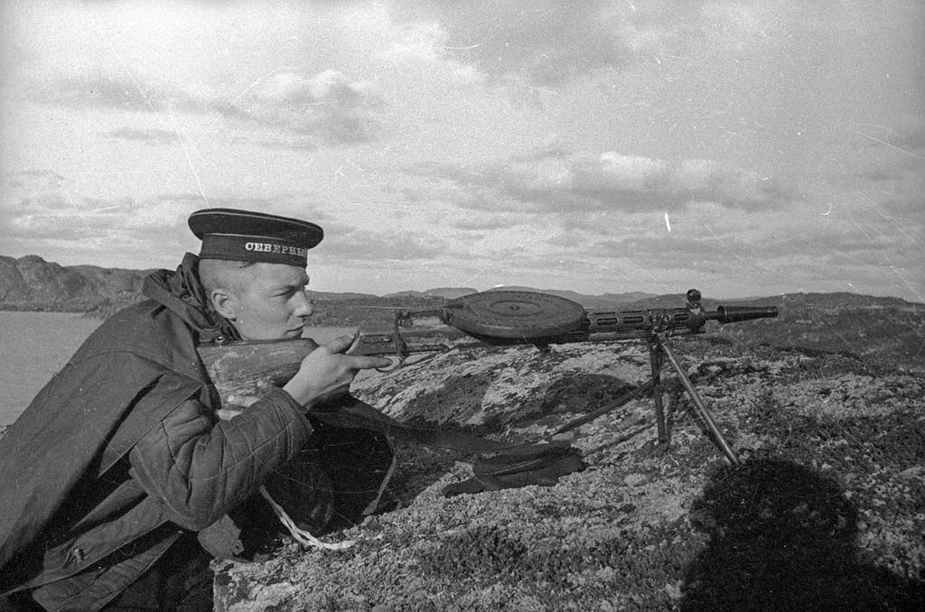 Mitrailleur. Flotte du Nord, 1941