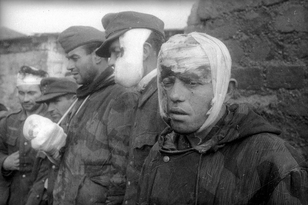 Allemands prisonniers de guerre, 1944