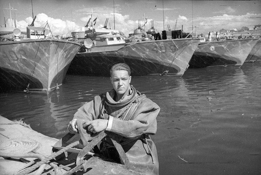 Plongeur, 1944