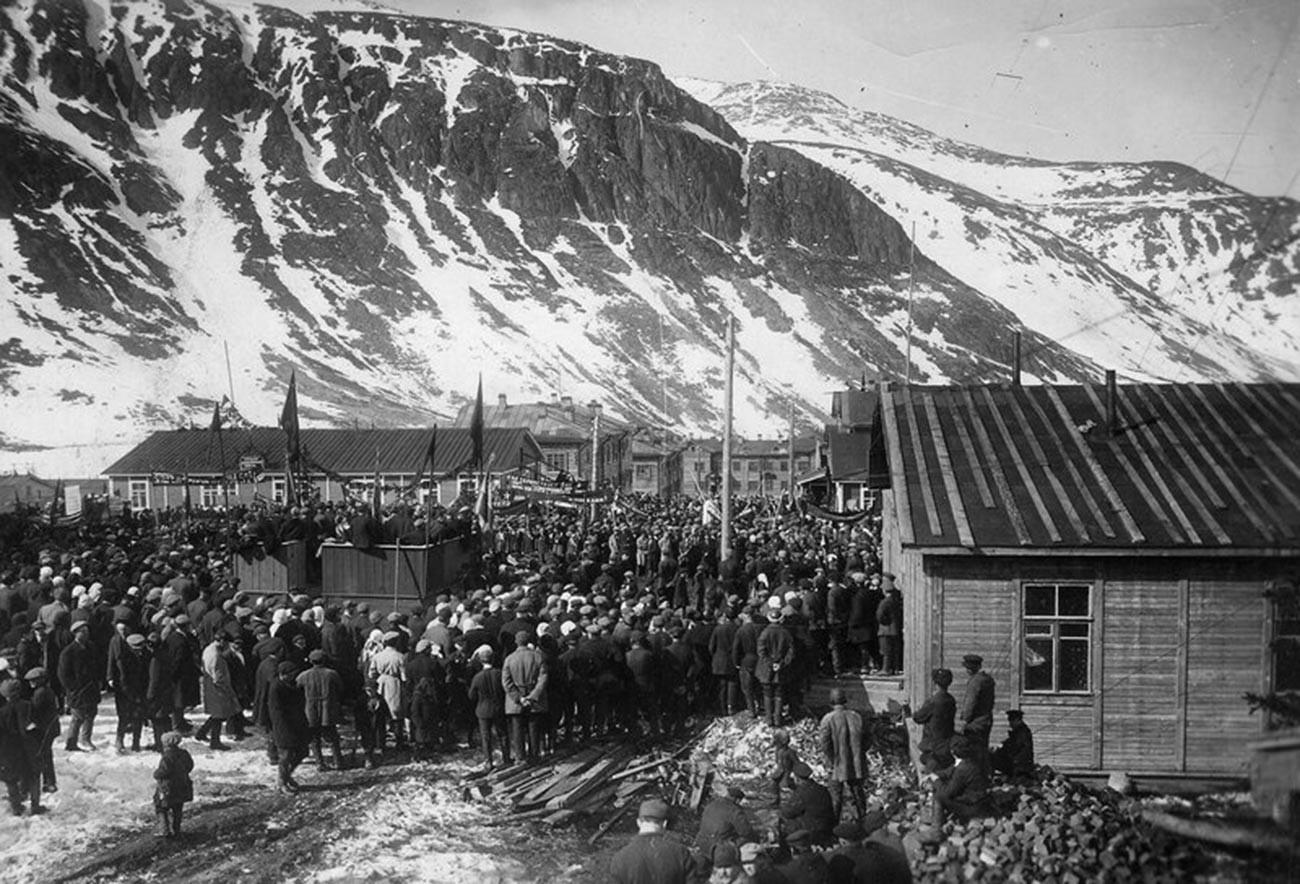Suasana di permukiman khusus di Pegunungan Khibiny.