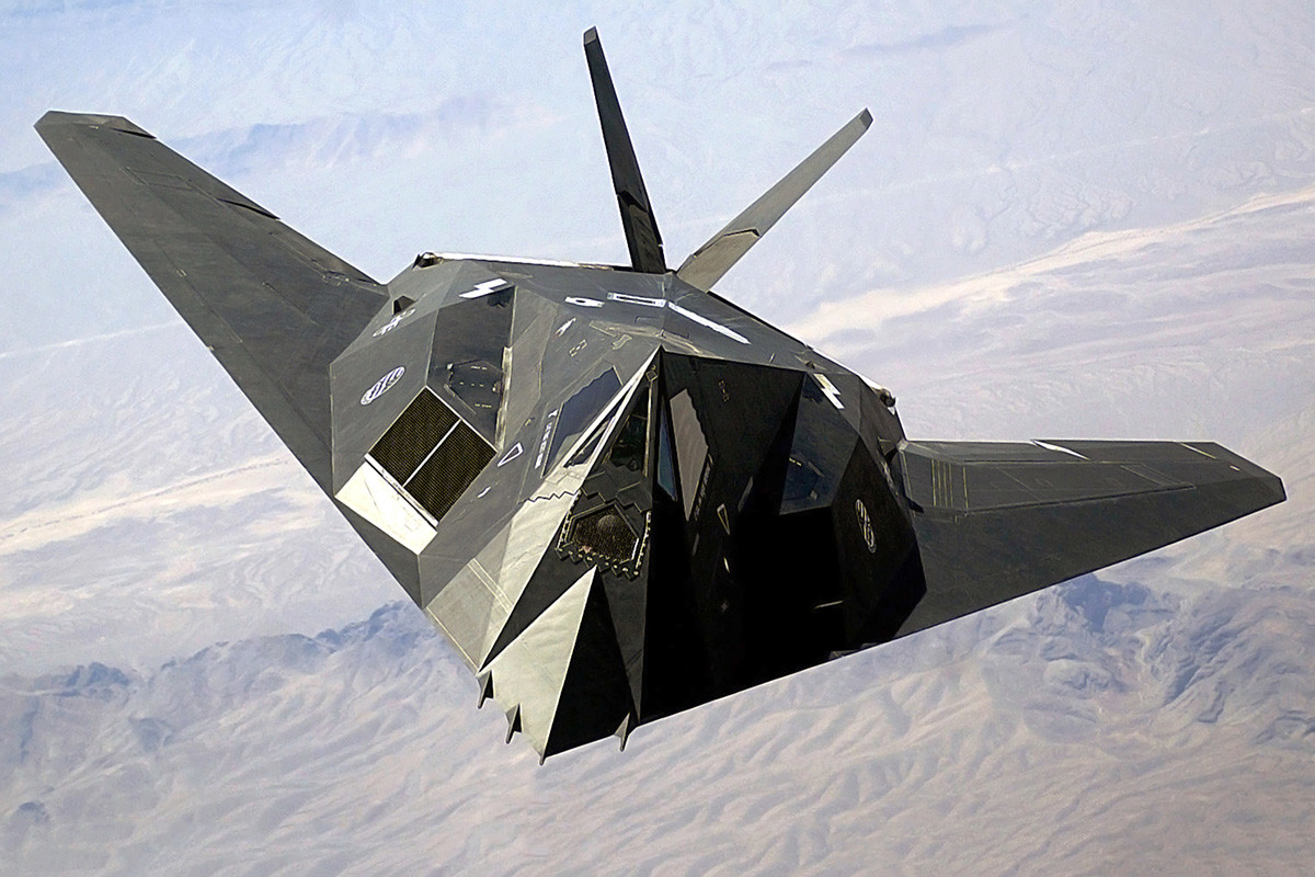 A US Air Force F-117A Nighthawk Stealth Fighter aircraft