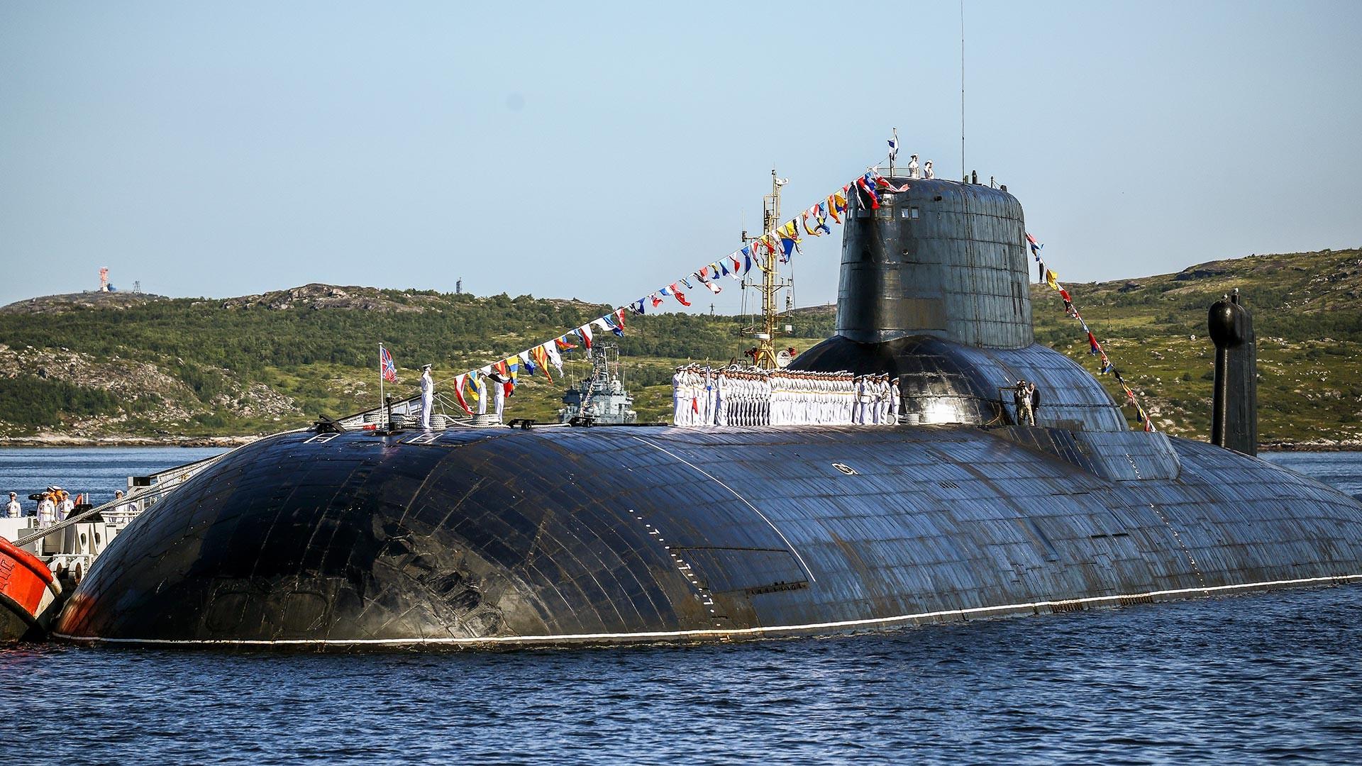 Präsentation des U-Boot-Kreuzers TK-208