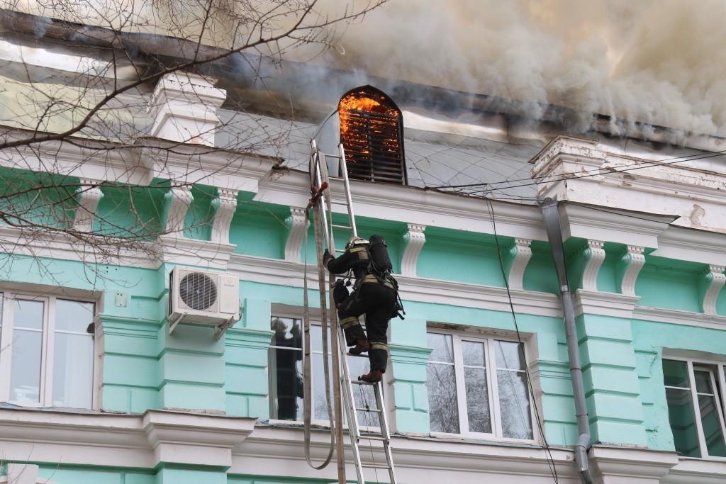 Incendio en un edificio de Blagoveshchensk que alberga una clínica de cardiología
