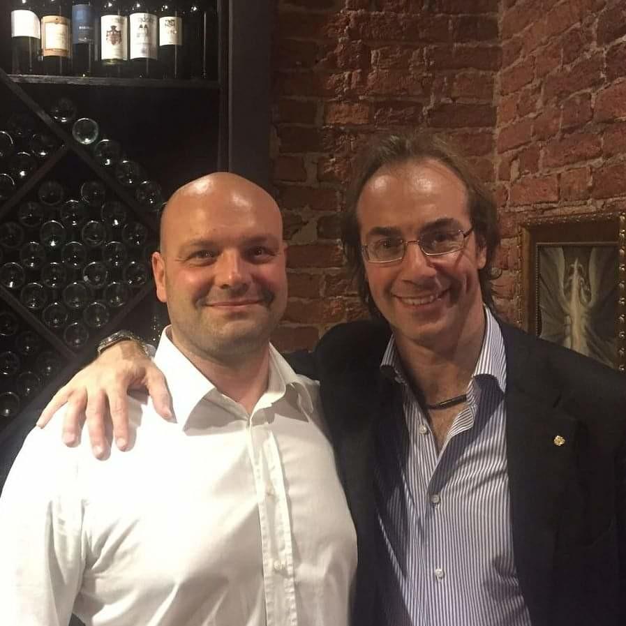 Marco Tagliaferri con il direttore d'orchestra Fabio Mastrangelo