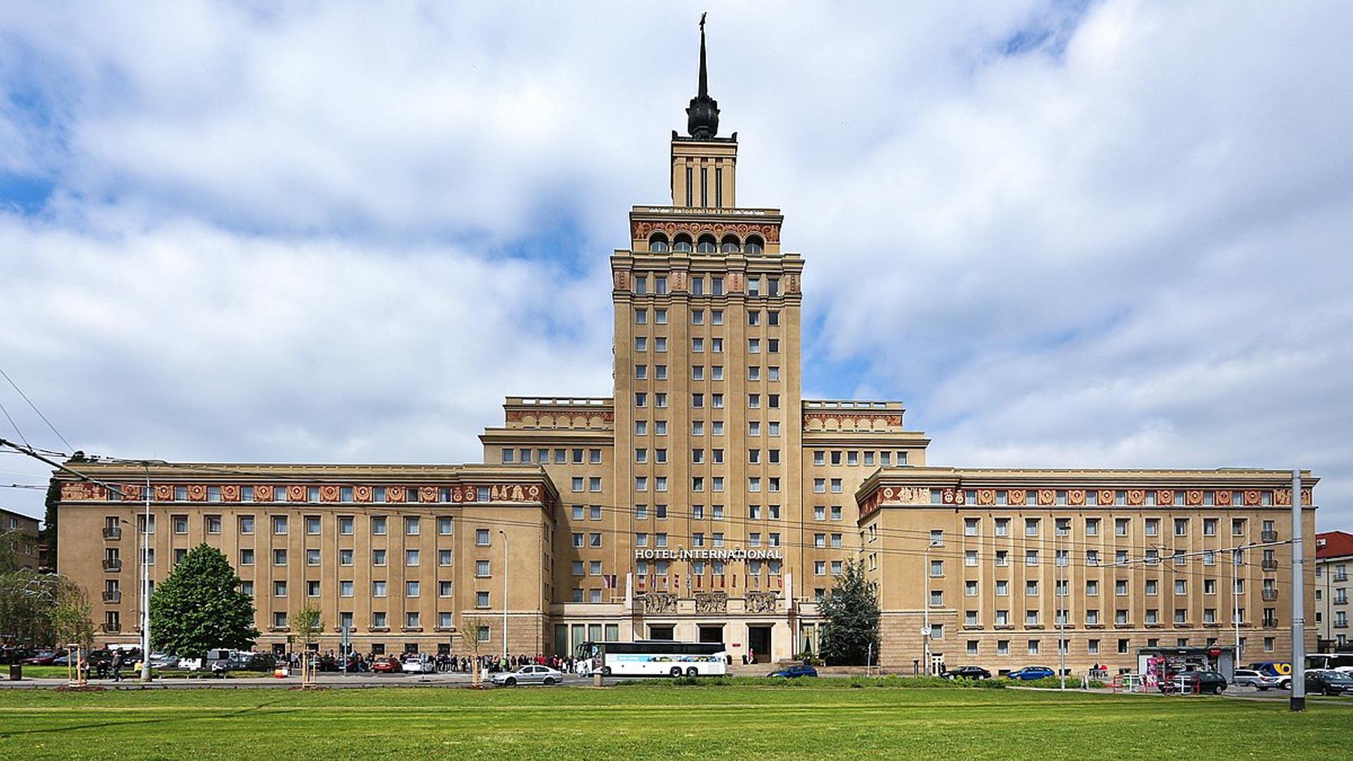 Hotel International, Праг.