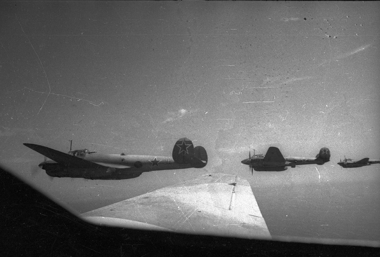 Bombarderos Pe-2.