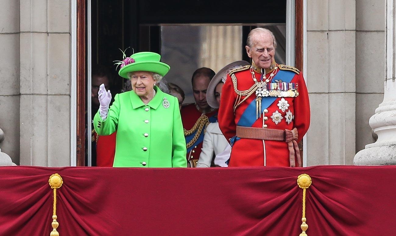Rainha Elizabeth 2ª do Reino Unido e Príncipe Philip, duque de Edimburgo