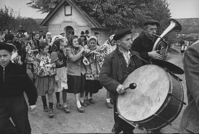 Un mariage dans l'Ukraine soviétique