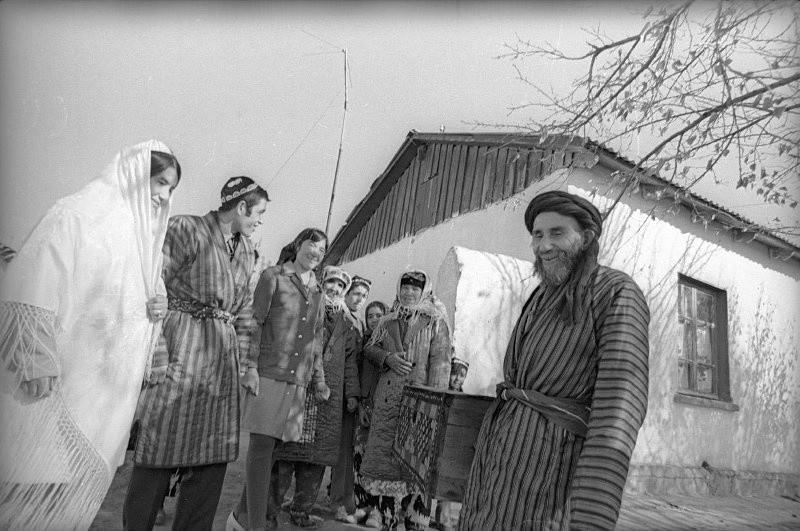 Mariage à la ferme collective Lénine, 1975