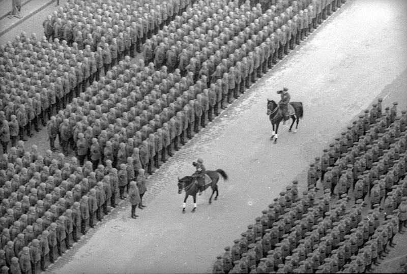 赤の広場での軍事パレード