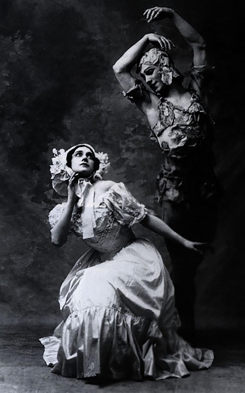 『薔薇の精』で踊ったカルサヴィナ(左)とニジンスキー(右)
