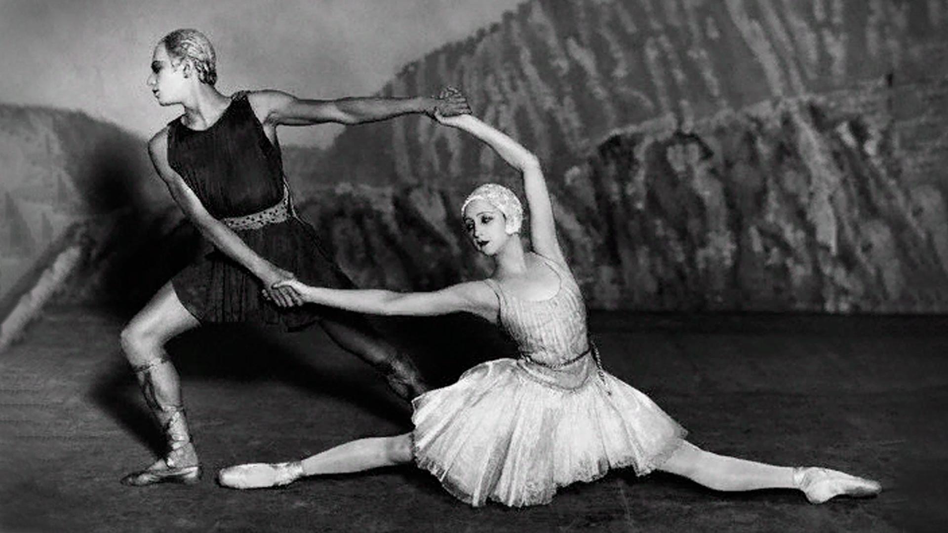 Alexandra Danilova et Serge Lifar dans Apollon musagète, 1928