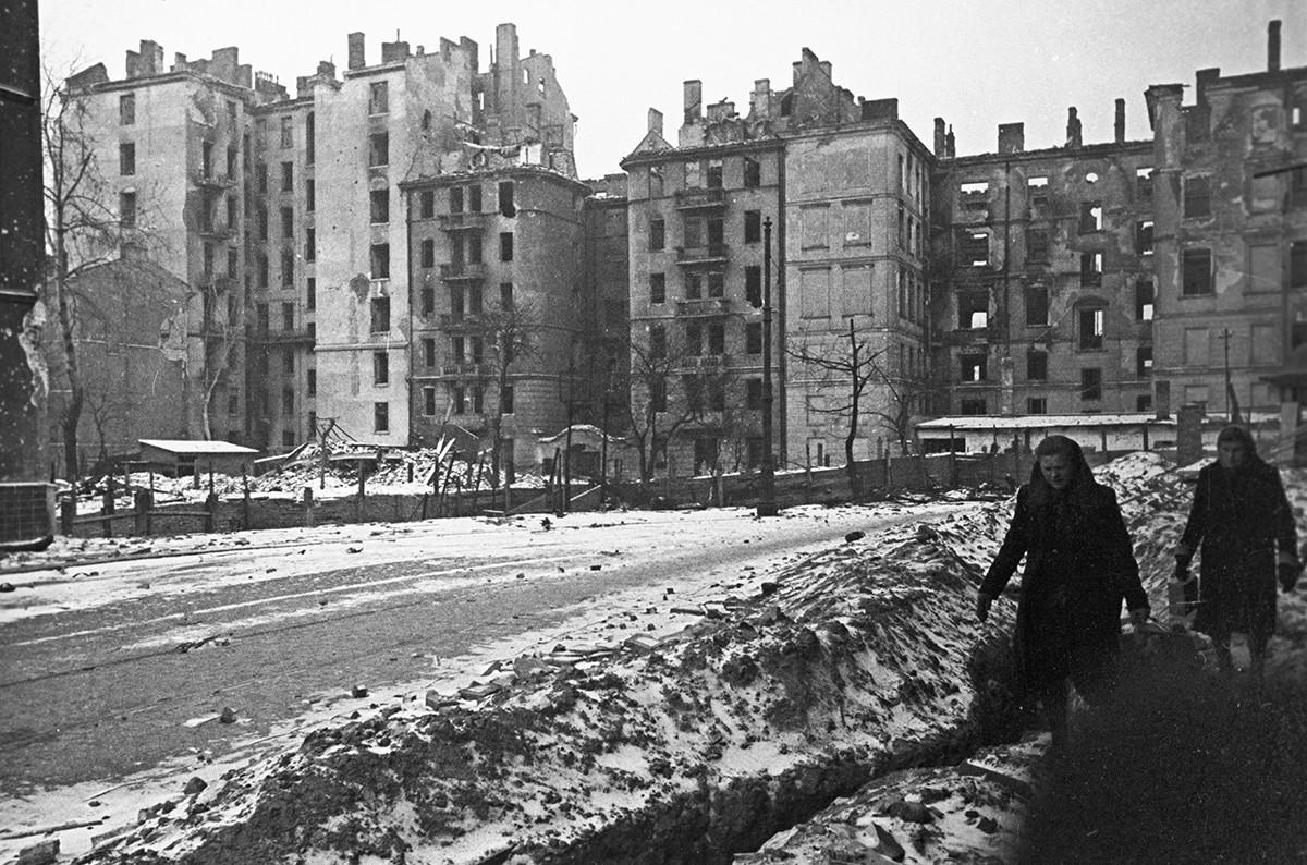 Bâtiments détruits à Varsovie