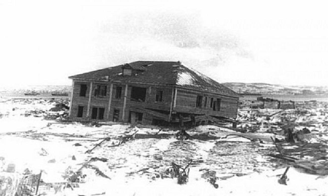 Северо-Куриљск после цунамија