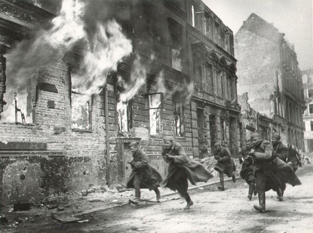 Combats dans les rues de Berlin