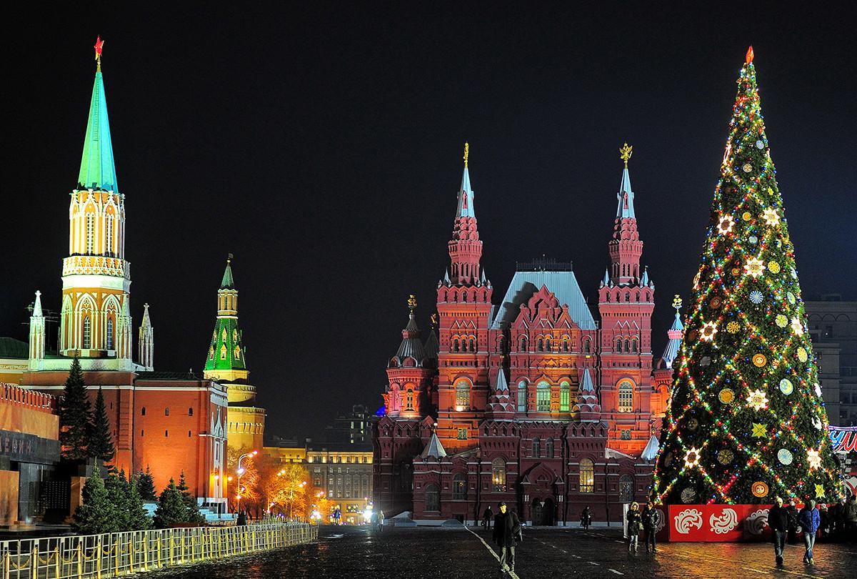 モスクワの新年の装飾