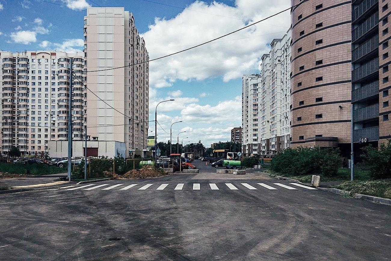 Proïektirouïemy proïezd 590, à Marfino (banlieue de Moscou)