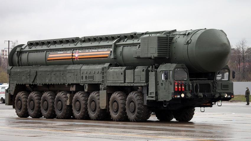 """Автономен лансирен уред 15У175М на ракетниот комплекс РС-24 """"Јарс""""."""