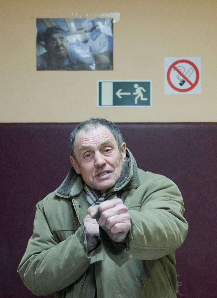 Pacient v centru za detoksifikacijo v Himkah (Moskva)