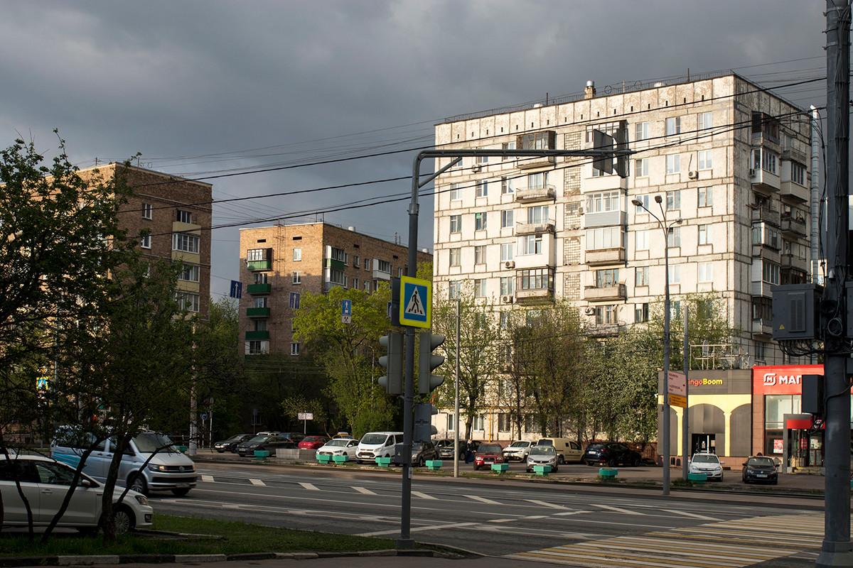 Sowjetische Häuser in Moskau.