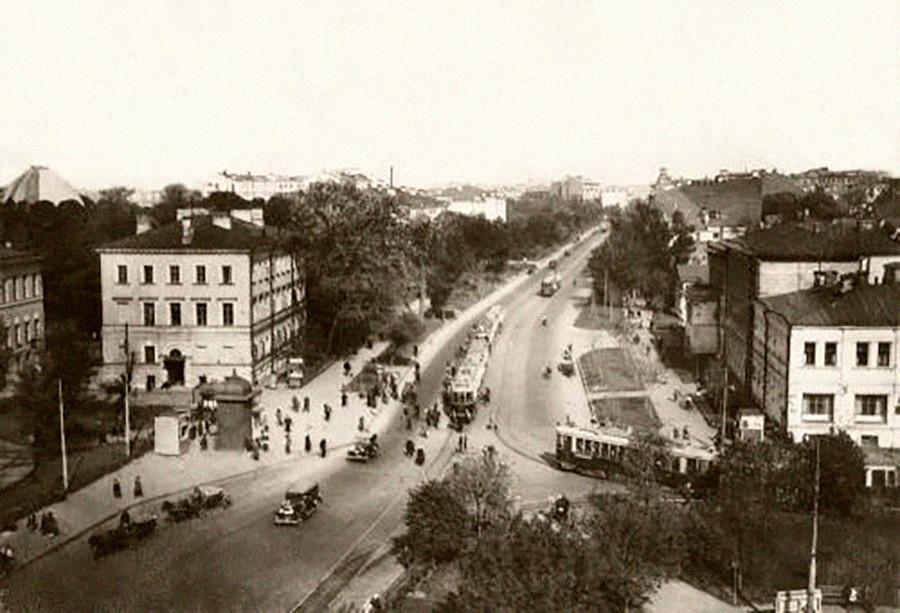 Sadovaya-Kudrinskaya, el anillo de Sadóvoie, Moscow, 1928