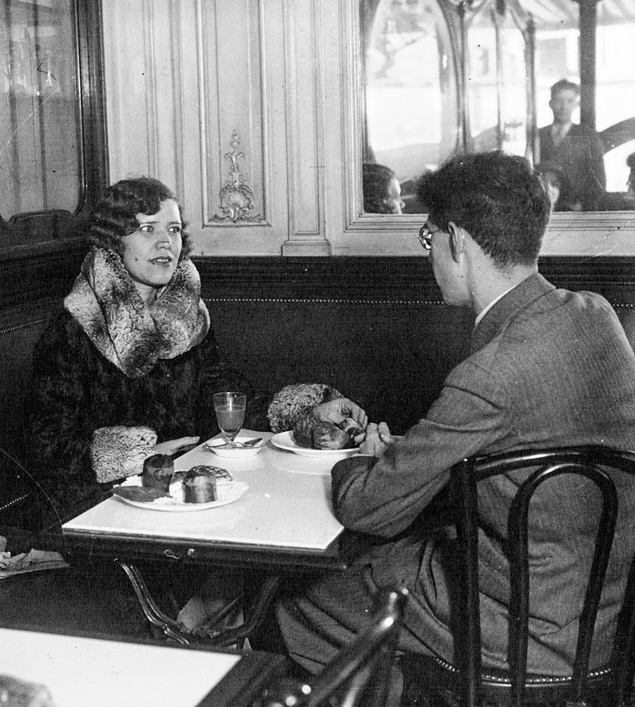 マトリョーナ・ラスプーチナ、1930年