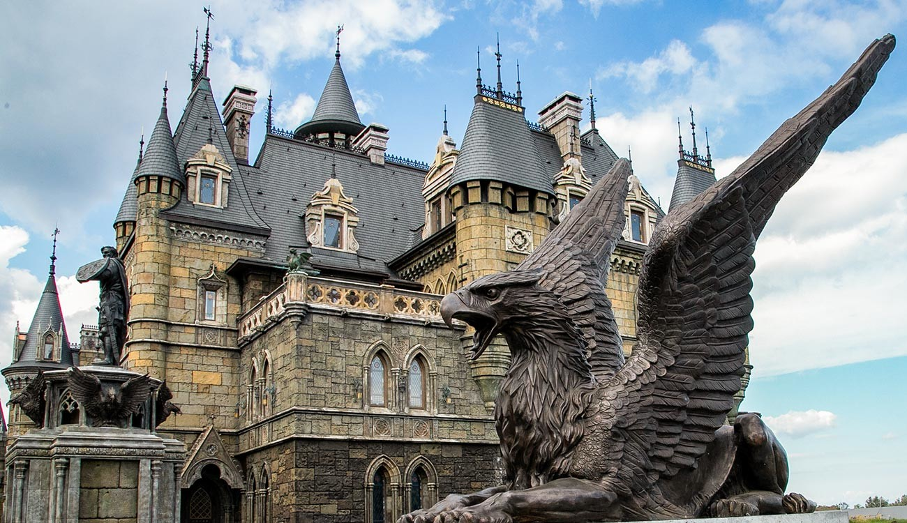 7 FAKE gothic castles in Russia (PHOTOS) - Russia Beyond