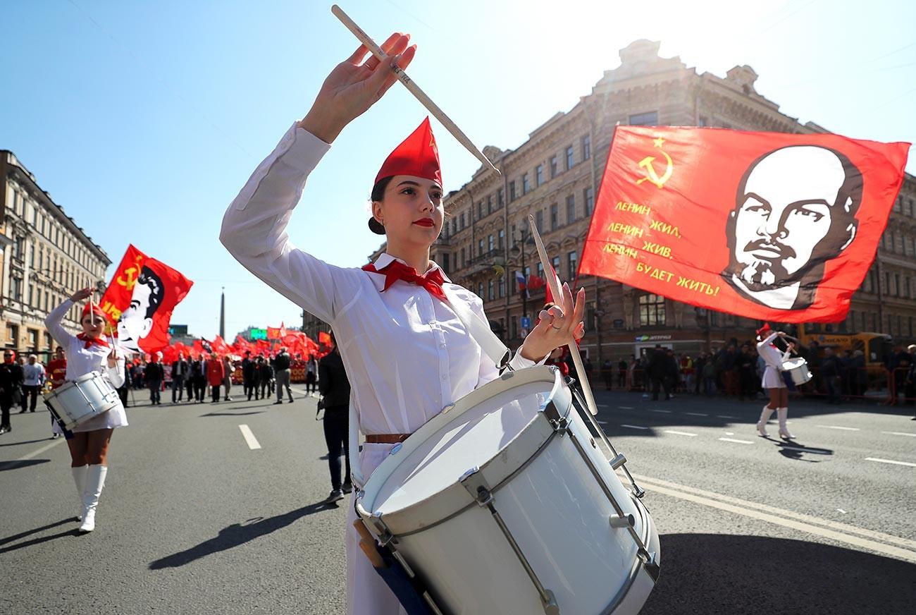 Manifestation du 1er mai à Saint-Pétersbourg, 2019