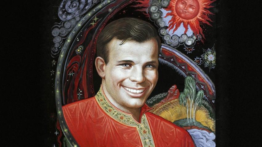 """Ивановска област. Палех. """"Портрет Јурија Гагарина"""", уметник Борис Кукулијев."""