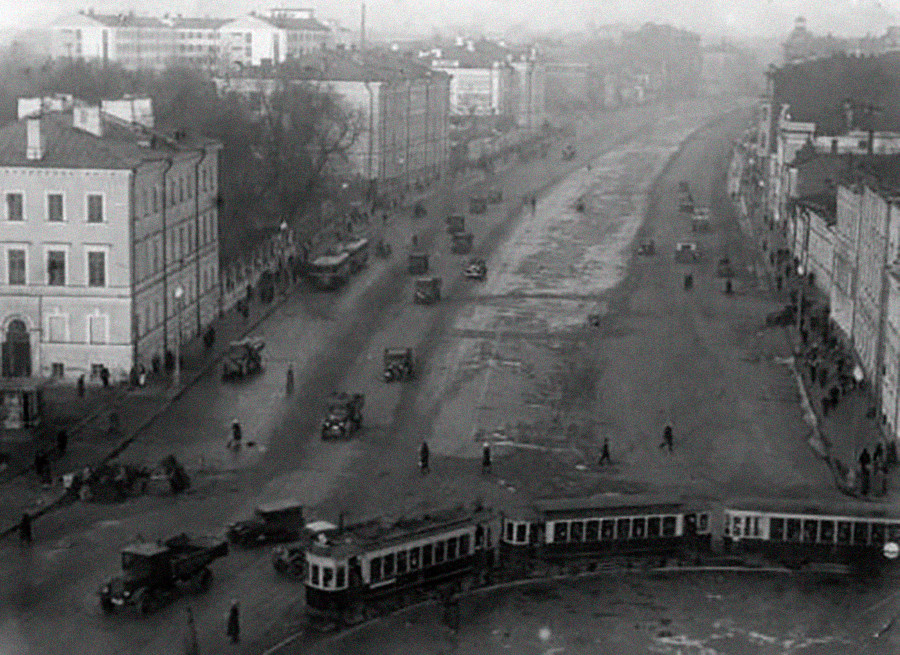 サドヴァヤ・クドリンスカヤ通り、1936〜1937年。