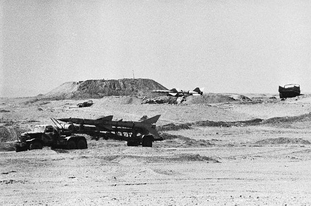 Misiles egipcios en transportes en el Sinaí durante la guerra árabe-israelí (1973)