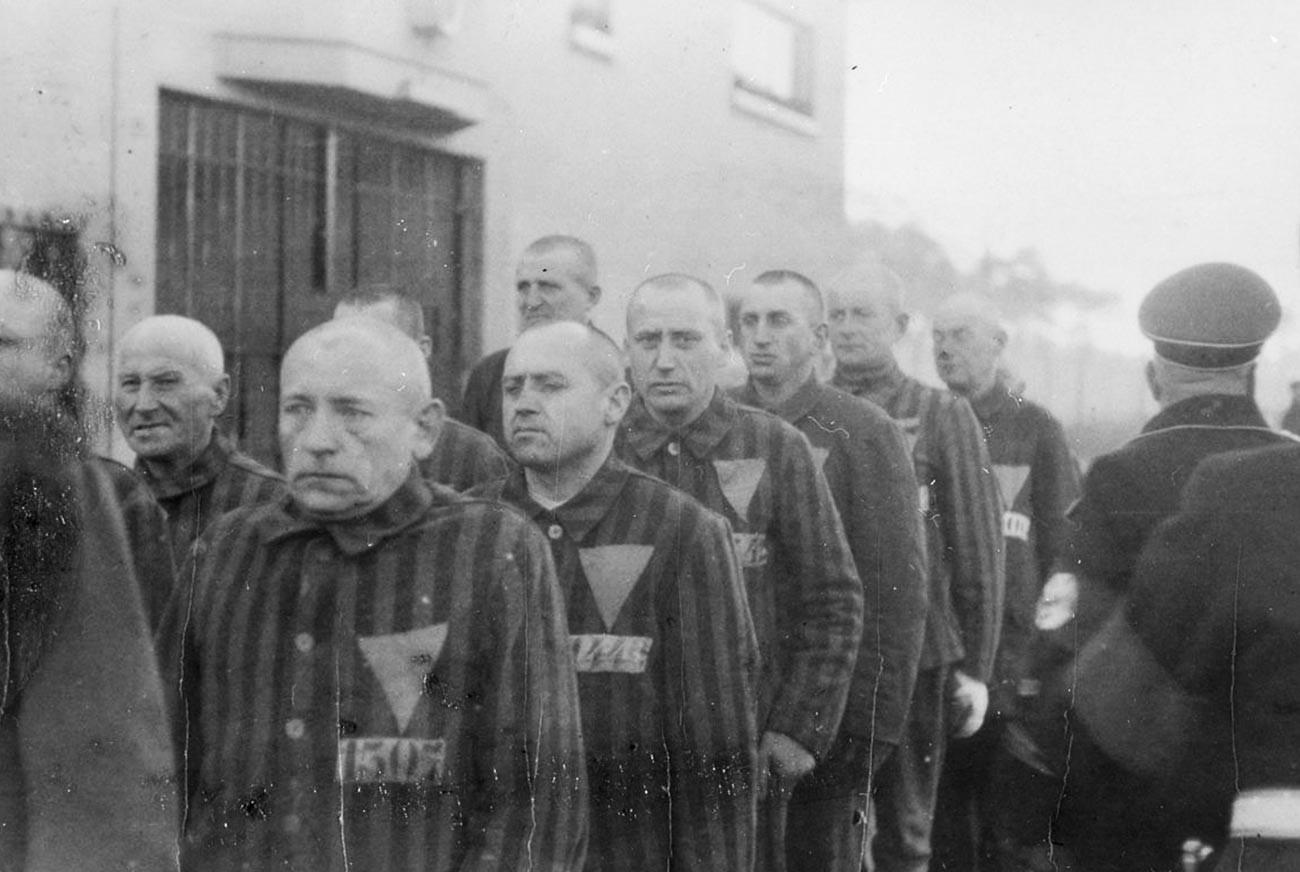 Gefangene im Konzentrationslager in Sachsenhausen.