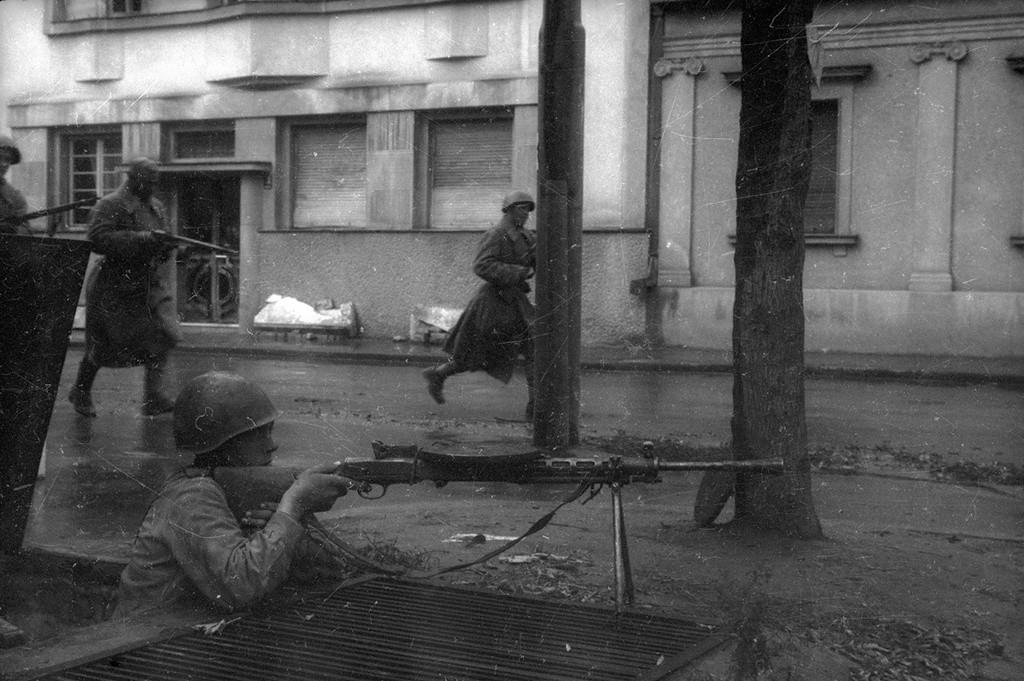 Combats dans les rues de Belgrade