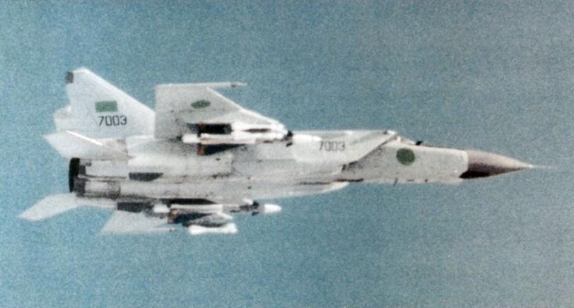MiG-25 libio