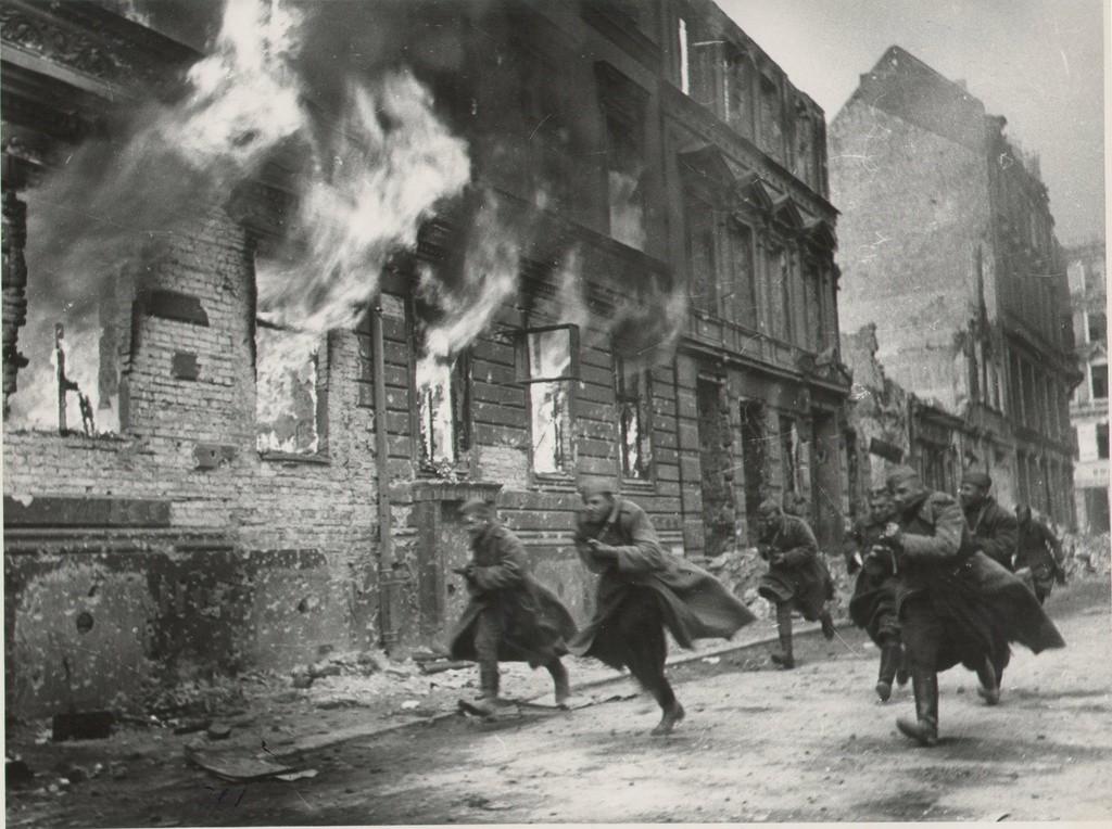 Combats de rue à Berlin