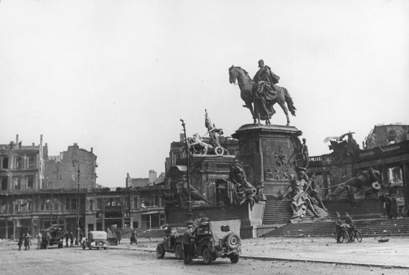 Monument national de Guillaume Ier (démoli par les autorités de la République démocratique allemande après la guerre)