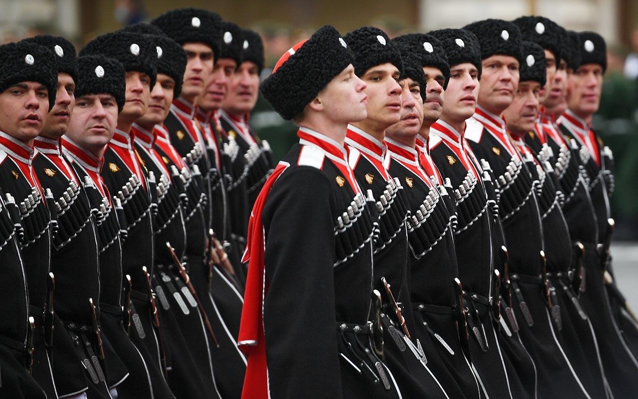 Les cosaques ont également envoyé leurs troupes cette année pour célébrer le 76e anniversaire de la fin de la Grande Guerre patriotique.
