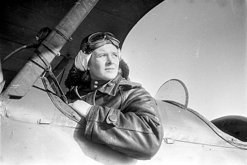 Evdokia Berchanskaïa, commandant de l'aviation