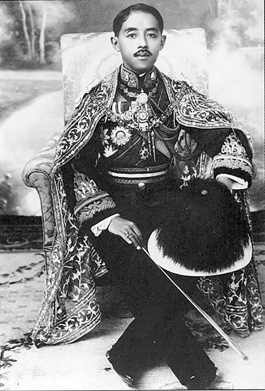 El príncipe Chakrabongse Bhuvanadh